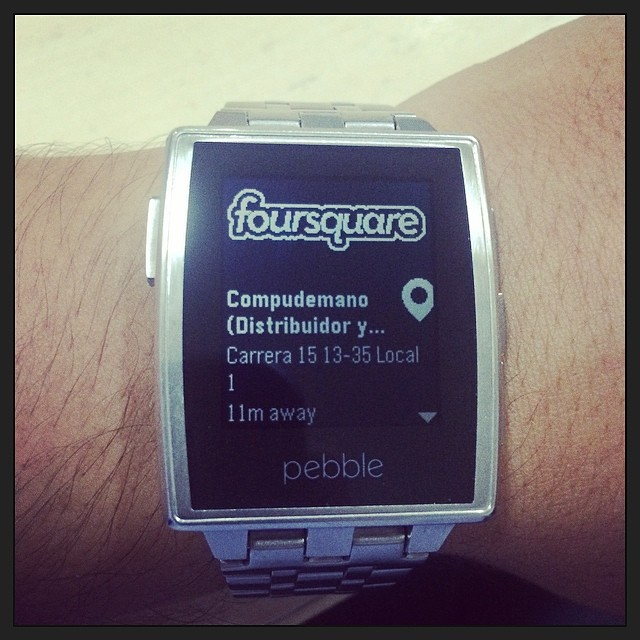 This image of Foursquare on a watch was created by Compudemano (Distribuidor y Servicio Apple), Pereira, Colombia is made available under a CC BY 2.0 license.