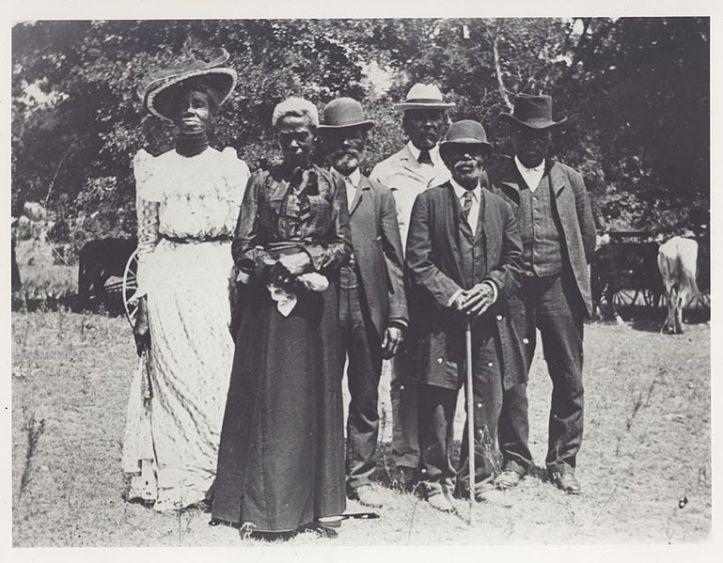 This image is of the Emancipation Day Celebration, June 19, 1900. It was created by Mrs. Charles Stephenson (Grace Murray) and is housed at the Austin History Center of the Austin Public Library. It is in the public domain by virtue of the fact that its first publication occurred before January 1, 1923.