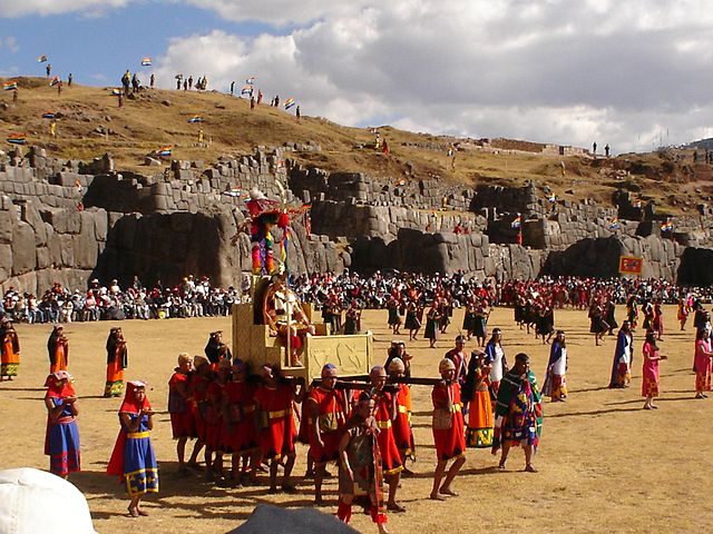 Inti Raymi (Festival of the Sun) at Sacsayhuaman, Cusco is the work of Cynthia Motta and is licensed CC BY-SA 3.0    I