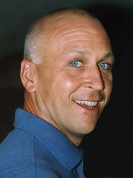 This photograph of Cal Ripken is the work of John Matthew Smith and has a CC BY-SA 2.0 license.  It is used with permission of the author.
